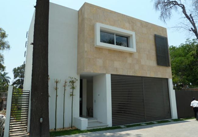 60 best images about exterior on pinterest a 4 haus and for Fachadas de casas mexicanas