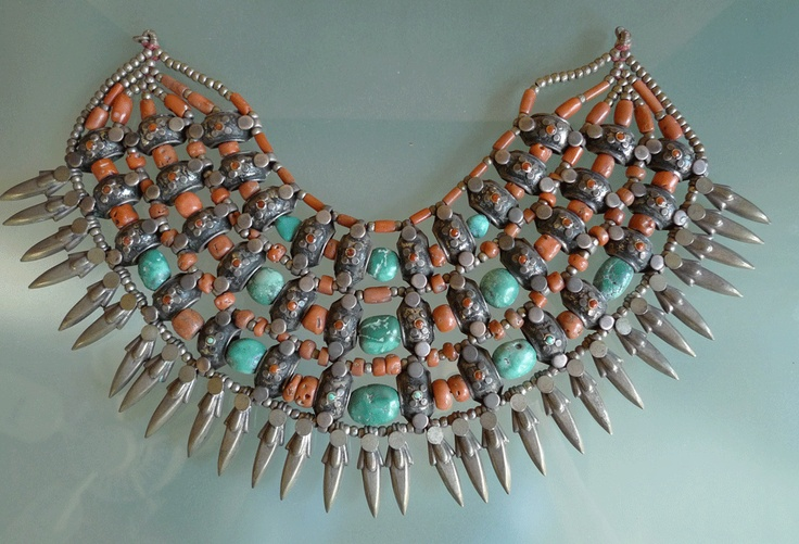 India | Pradesh: Kulu Manali choker. Coral, Turquoise and Silver collar | 1289$