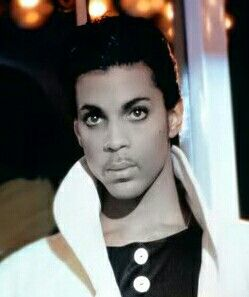 Prince ● the Beautiful One ● stunning ••••••••>^●●^<