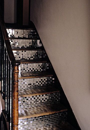 mirror tiles stair risers // what a fun look! i wonder if i would get tired of it...I do love sparkly things though.
