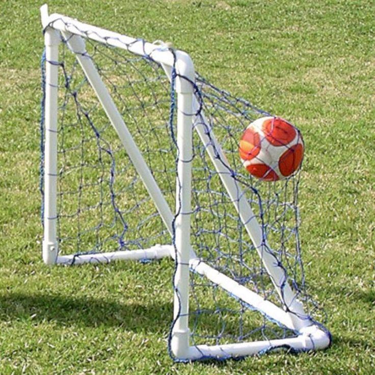 Funnet Portable Soccer Goal - 3 x 4 - 1150056