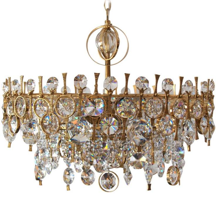 Sciolari crystal chandelier, Italy  1950s.