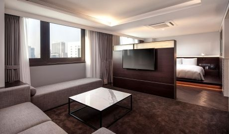 Glad Live Hotel   Seoul - Set in Seoul's fashion-conscious, upmarket Gangnam district—home to local and global luxury brands and the city's vast Olympic Park. Book Unique Hotels up to 70% off. click on photo. #seoulhotels