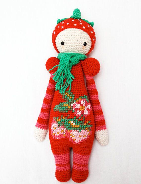Haakpatroon voor aardbeienmeisje - Lalylala modificatie on Etsy, € 2,50 Crochet pattern for strawberry girl - Lalylala modification on Etsy, € 2,50