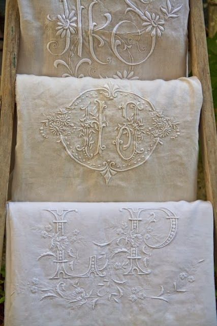 Antique Linens STUNNING! pinned by www.cedarhillfarmhouse.com