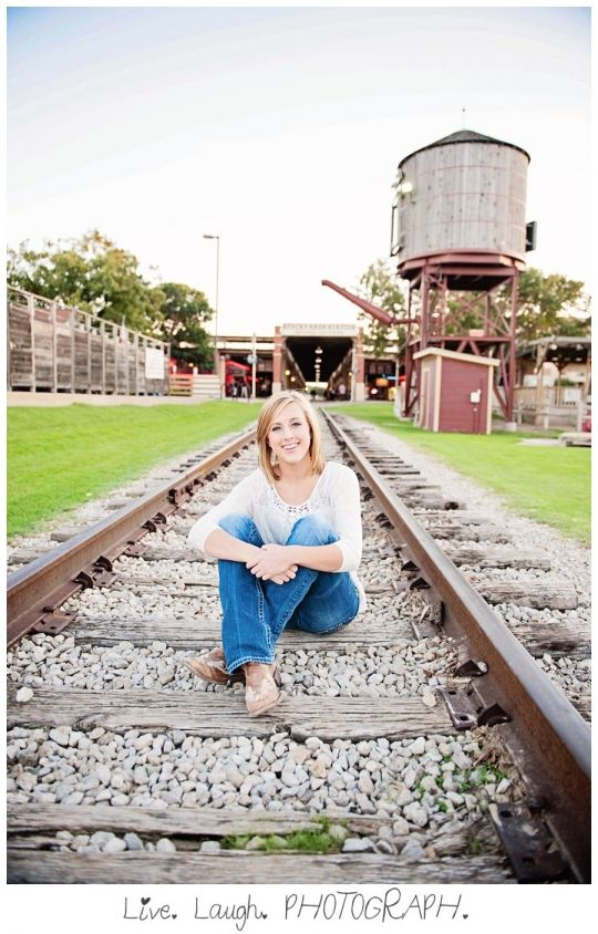 Ashley's Fort Worth Stockyards Senior Photography Session » Dallas Texas Wedding Photographer