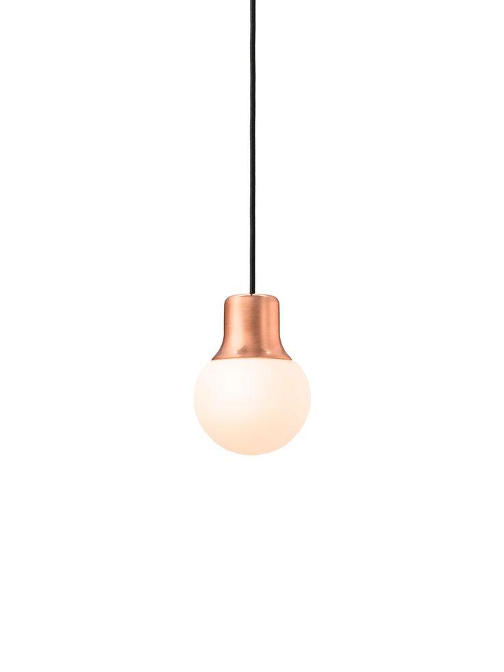 MAAS LIGHT NA5: Mundgeblasenes Glas und Kupfer #glas #leuchte #design