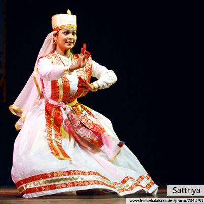 sattriya dance Sattriya dance has its origin in the 'sattras' established by mahapurush srimanta sankardev in the 15th and the 16th century the sattras were established for the propagation of vaishnavism.