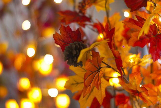fall lights backgrounds fall wallpaper fall desktop backgrounds rh pinterest com
