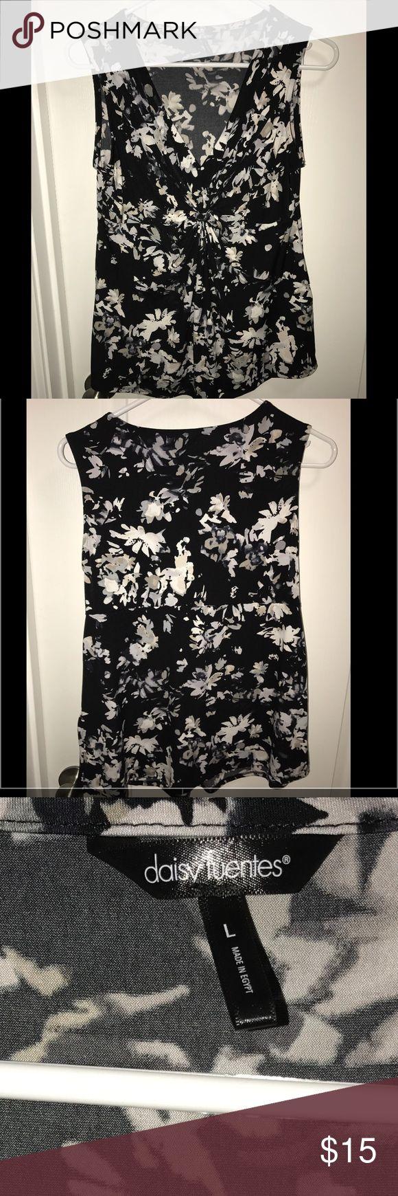 Daisy Fuentes sleeveless dress top. Large. Daisy Fuentes sleeveless dress top. Large. From Kohls. Worn once. Daisy Fuentes Tops