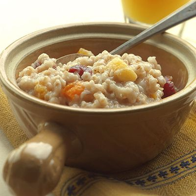 Toss 2 cups of oats into a slow cooker, top with some dried berries, add water, then wait 90 minutes. #slowcookerrecipes #oatmealrecipes #healthyrecipes #everydayhealth   everydayhealth.com