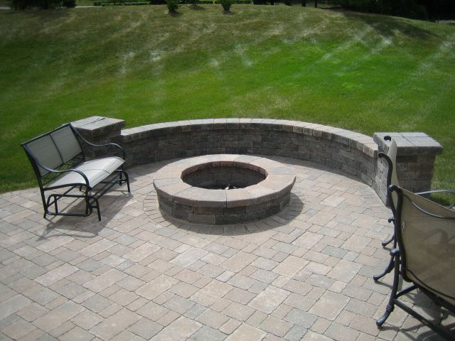 Flagstone Patio With Fire Pit Backyard Ideas