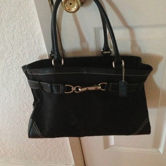 Authentic Black Coach Tote Bag Black Coach Tot Bag, I love this Purse Lots of room Coach Bags Totes