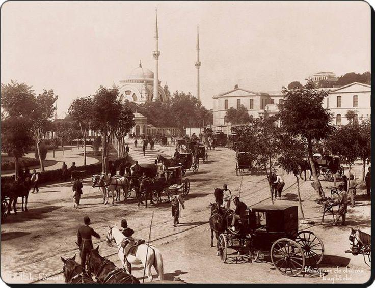 Dolmabahçe - 1890'lar (Fotoğraf : Abdullah Biraderler) (Kaynak : Pera Müzesi)