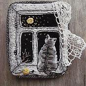 Украшения ручной работы. Ярмарка Мастеров - ручная работа Брошь текстильная Один дома. Handmade.