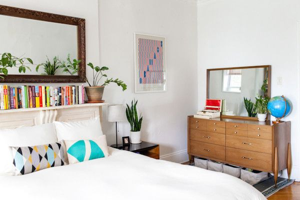 my scandinavian home: Plants and mid-century pieces in a New York City brownstone