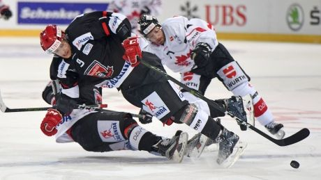 Canada's power play propels it to semis at Spengler Cup