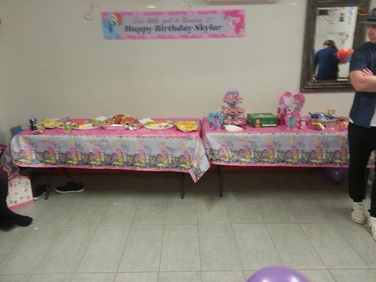 My little pony food tables