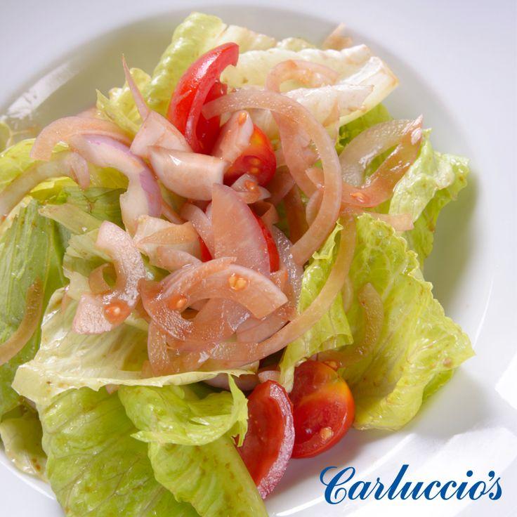 Insalata Mista yemeğinizin lezzet tamamlayıcısı olacak hafif bir lezzet… #CarlucciosTR #salad