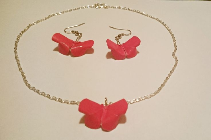 Cranberry Butterfly Set