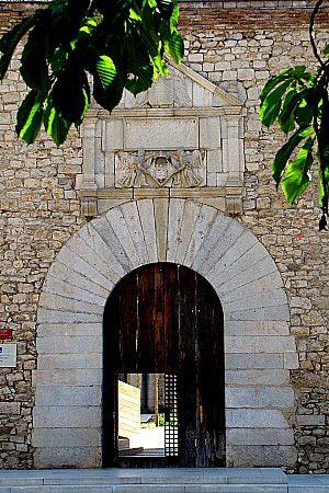 Pedres de Girona - L'edifici de les Àligues