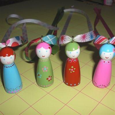diy peg doll necklacesPegdolls Necklaces, Peg People, Kids Stuff, Crafts Gift Ideas, Clothespins People, Diy Peg, Peg Dolls, Peg Necklaces, Grace Violets