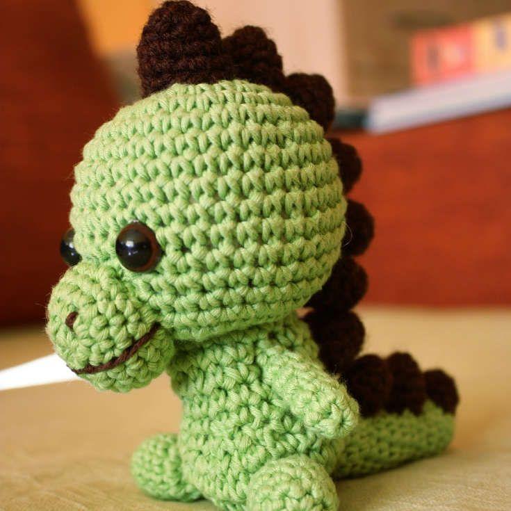 Free Knitted Dinosaur Toy Patterns : 25+ best ideas about Crochet dinosaur patterns on Pinterest Crochet dinosau...