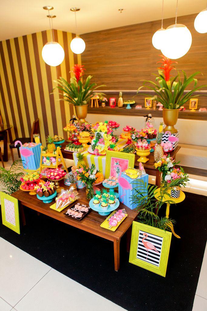 E aí Zeferinos!!!   Hoje vim aqui mostrar para vocês TODOS os detalhes da decoração e dos parceiros que fizeram a minha festa de 30 anos ser...