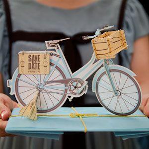 INVITACIÓN & MONTAJE Invitación con impresión letterpress y recorte láser para el montaje de tu propia bicicleta.