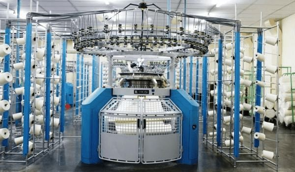 Circular knitting machine used in textile industry