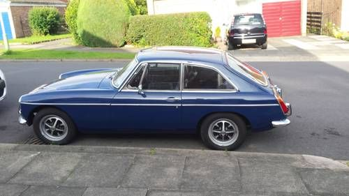 MGB GT dark blue. For Sale (1972)