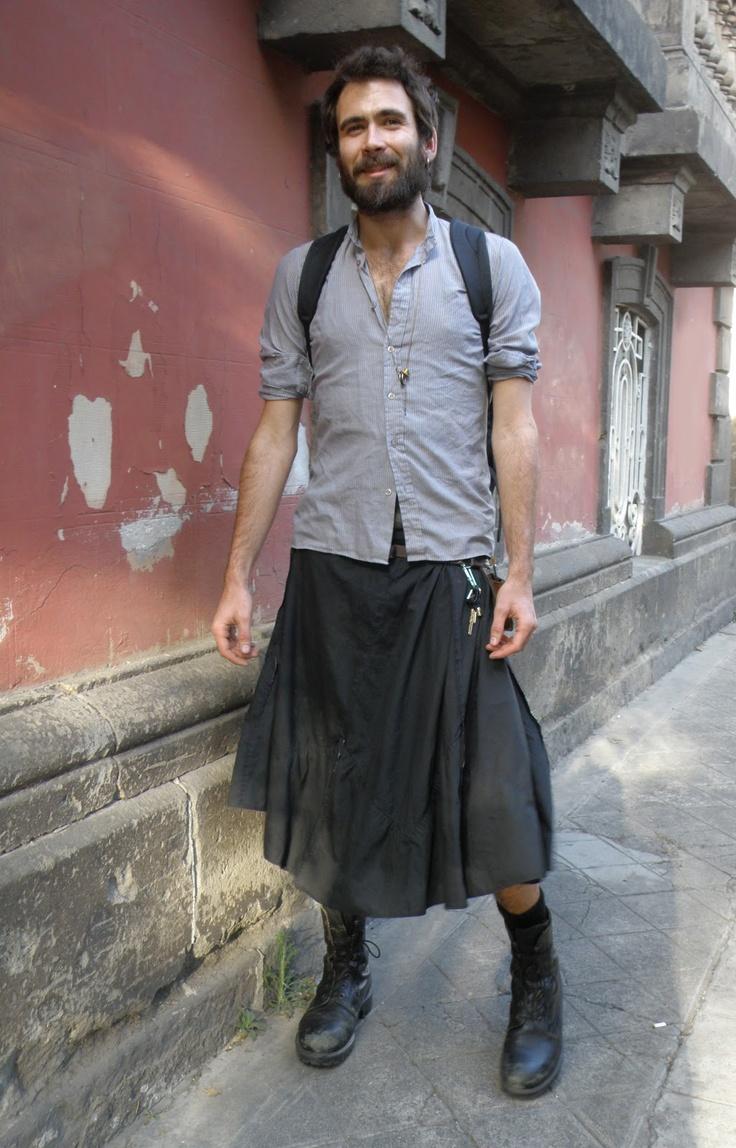 f3edd6ea34 Los hombres con falda