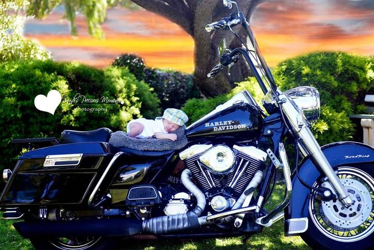 Grandads motorcycle #newbornphotography #sandispmomentsphotography #bikelife #happiness #motorbike #babies #different #photographyideas #newborns#bubs #sleeping ##photography #warrnambool #fletcherjonesgardens garden#cutebaby #harleydavison #warrnambool #love #bight # grandparents #familybonding # gift #children by sandi.pm.photo