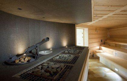 Sauna heater feature w/ auto dosing system - DAS LEUZE Mineral Spa, © DAS LEUZE Mineralbad, Bäderbetriebe Stuttgart