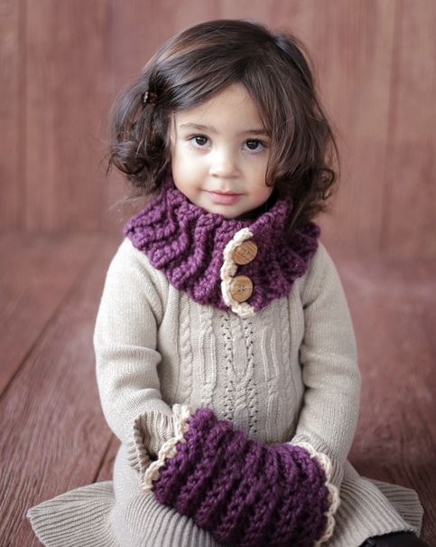 Your little one will fall in love with this beautiful design that is so stylish  and warm!    The cowl is pretty enough for dress up coats and the muff will protect her pretty little hands from the cold!    This two piece set is VERY easy to crochet and each piece can be completed in an evening. ...