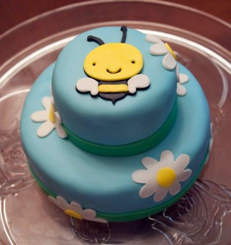Cricut Cake Ideas | ... , who doesn't want to see some Cricut cakes. So here are few I found