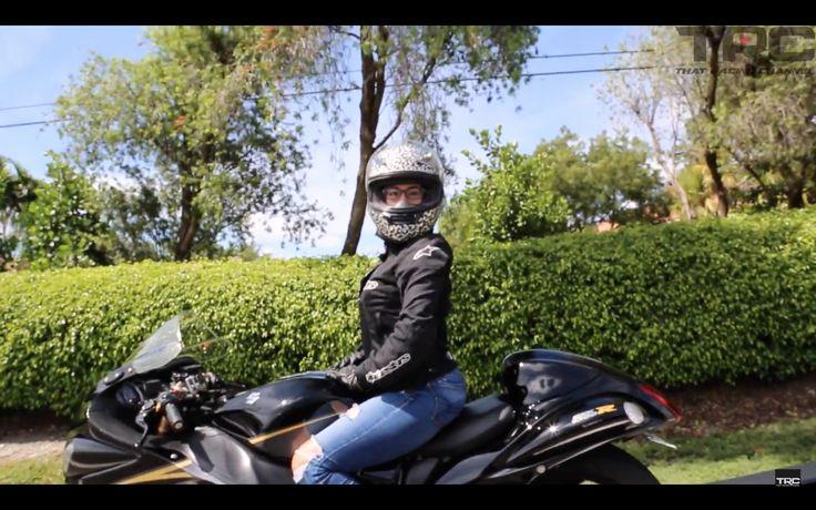 VIDEO: BAD AZZ Hayabusa Chick Trolls SRT Hellcat In Traffic! http://torquetube.net/2017/07/15/video-bad-azz-hayabusa-chick-trolls-srt-hellcat-in-traffic/