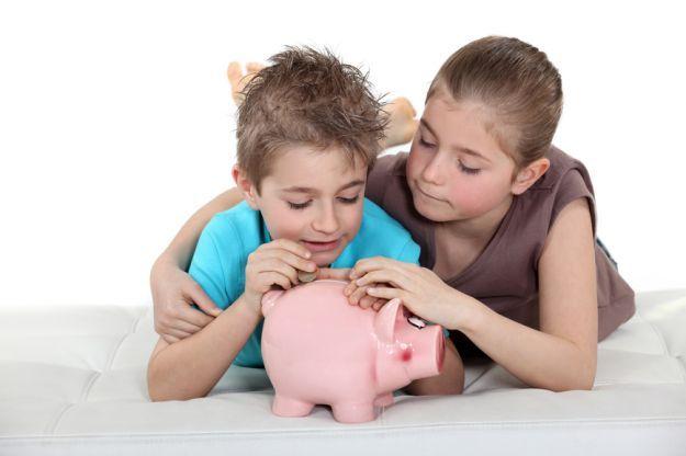 Naucz dziecko oszczędzać. Ranking najlepszych kont dla dziecka: http://darmowekontobankowe.org/konto-dla-dziecka/