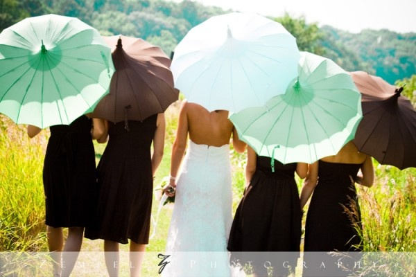 signature pagoda in #mint, #chocolate, and #white for a budget #wedding on a farm