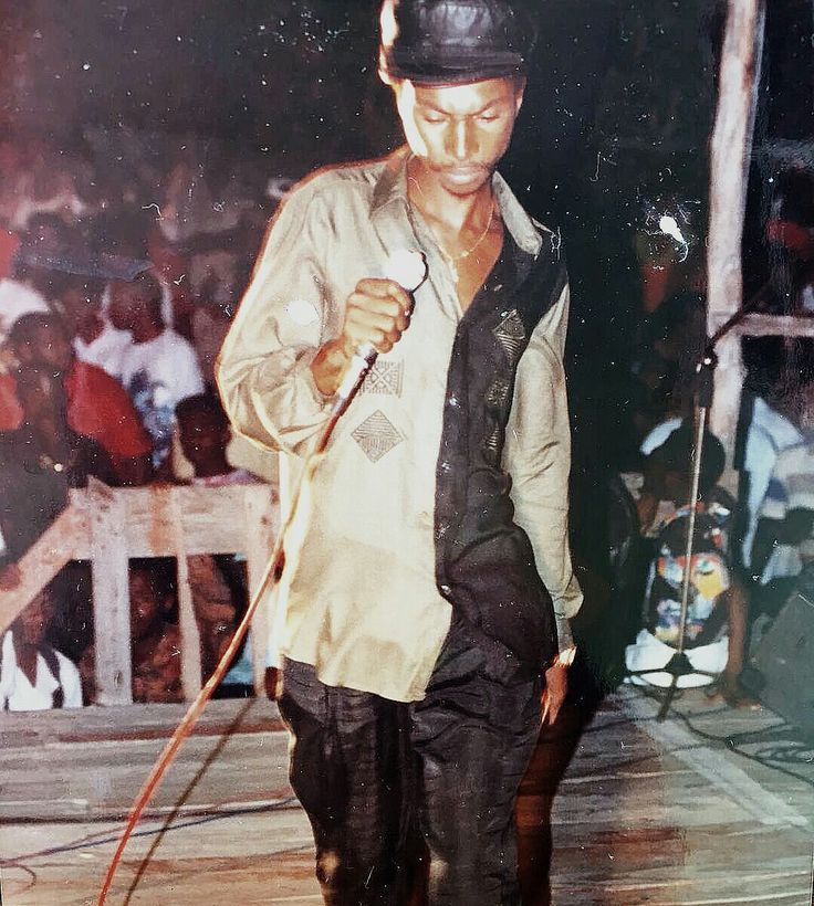 Garnet Silk inna Kingston Jamaica
