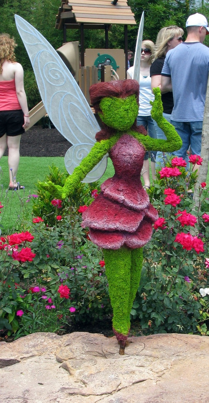 Fairy Topiary at Epcot