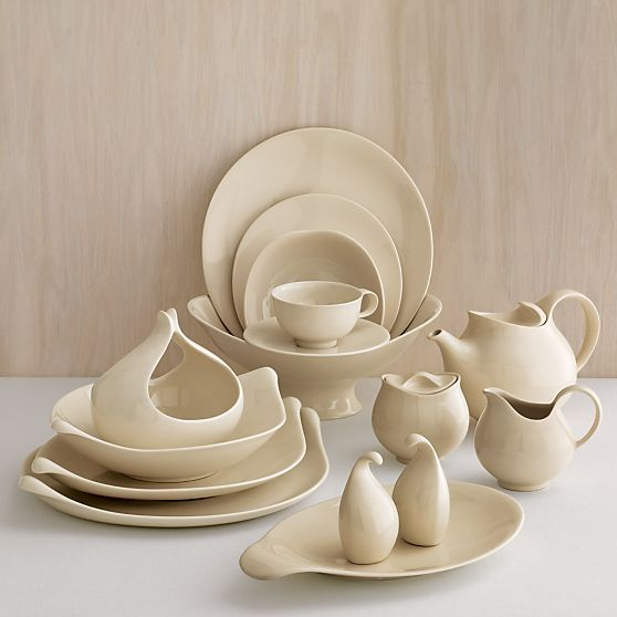 Eva Zeisel Museum White dnnerware, commissioned by the Museum of Modern Art in 1952 for the restaurant in its new building. This is my in-town dinnerware. At the ranch I hsve her Town and Country collection.