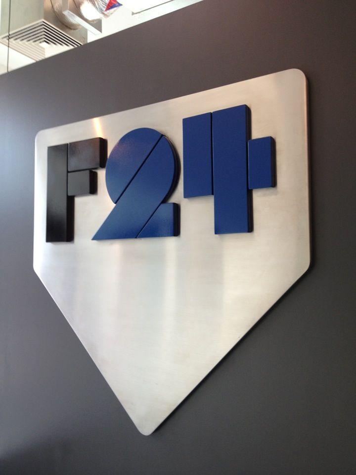 http://focus24.tv/  Focus 24