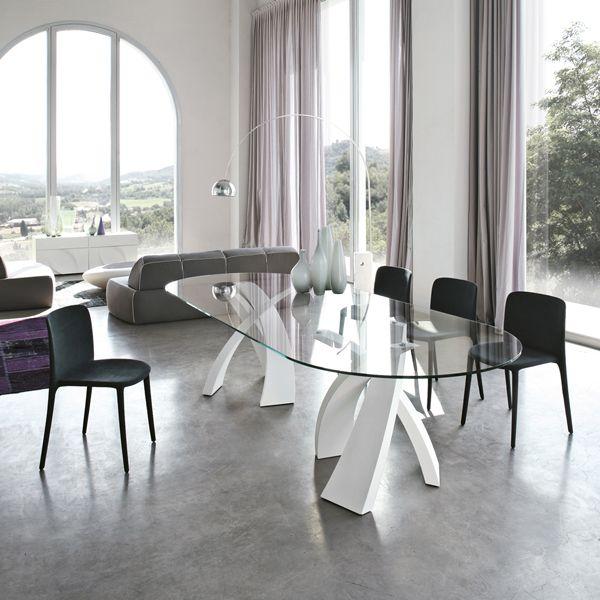 Tonin big eliseo tavolo con vetro temperato sagomato e basi in metallo verniciato jm - Tavoli da pranzo ovali ...