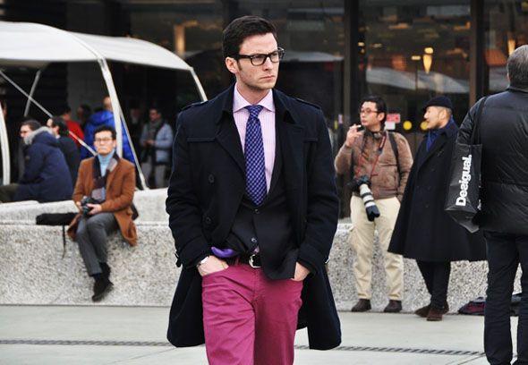 Moda masculina – Calças coloridas para eles, veja looks, saiba como usar!