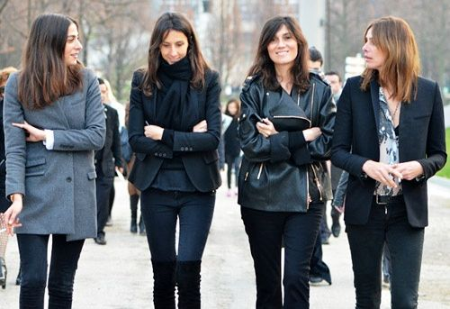 I have always admired the French sense of style. The French casual chic looks always elegant and sophisticated. The difference in the way German women dress is obvious. We can't compete with the French but whatever French women have, I want it too! So what's the secret the fact they are just French? We can learn from pictures, wear a lot of black, navy and grey like Emmanuelle Alt and her girls – other colours are not needed!
