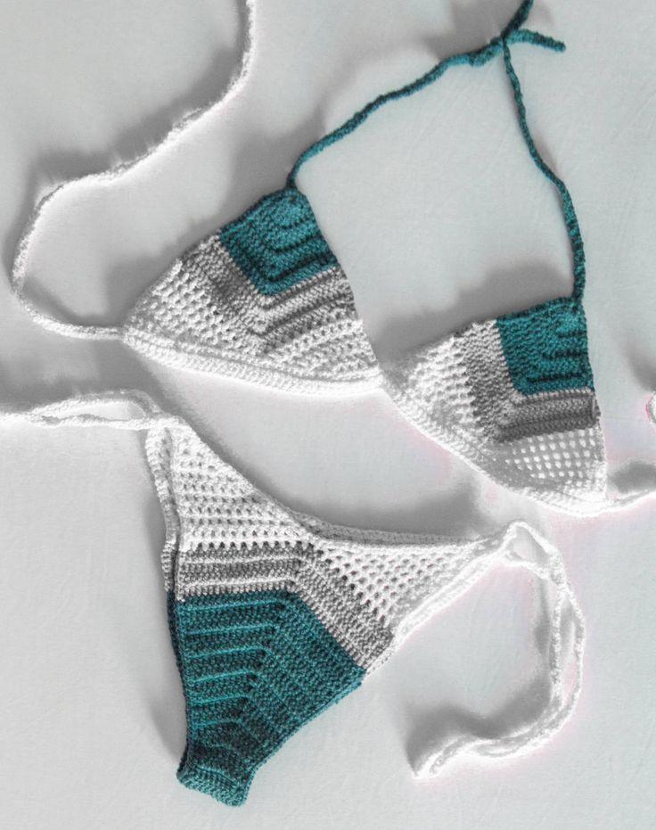 Gehaakte bikini Pandawa werd ontworpen om het u opvallen op het strand, haar mooie ontwerp en uitgewerkte steken samen met een 80 s gevoel van handgemaakte badmode stukken maken het een echt speciale set te hebben in uw #kini-collectie!  Deze bikini zijn niet zien door na te gaan in de oceaan of het zwembad. De bodems zijn bekleed voor meer comfort!  Voeg een commentaar met uw exacte maat BEHA en heupen zodat mij annuleerteken merk u de perfecte pasvorm! Na het gebruik van uw haak-badmode…