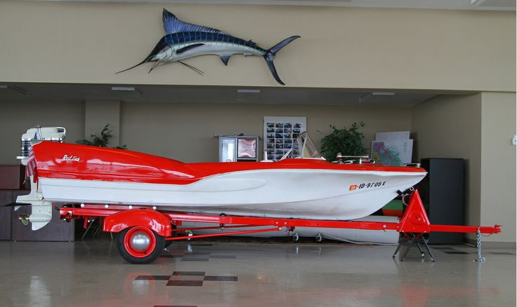 1959 RedFish with Mercury 500 outboard