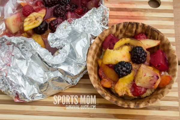 Grilling dinner this summer? How about grilling your dessert too? Try these yummy Fruit Grill Packets. Super fast, easy and super delicious!