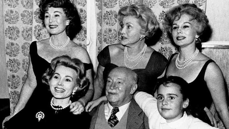 THE GABOR FAMILY 1958. From left, Zsa Zsa, Papa Vilmos Gabor, Francesca Hilton, Zsa Zsa's daughter. Standing behind are: Magda, Mama Jolie and Eva. (ASSOCIATED PRESS)